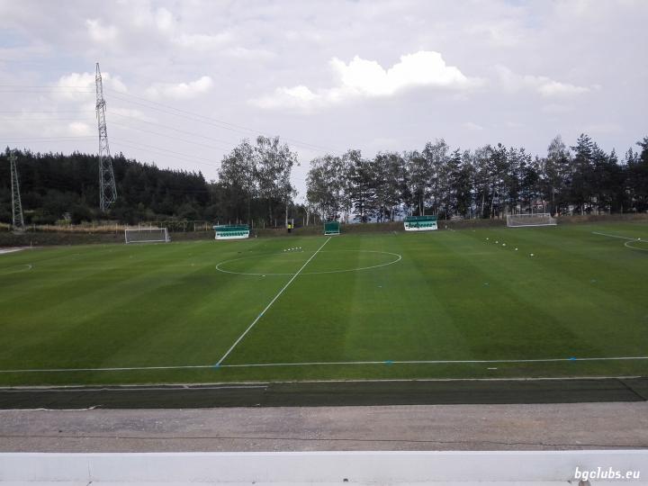 """Стадион """"Бистрица"""" - в с. Бистрица"""