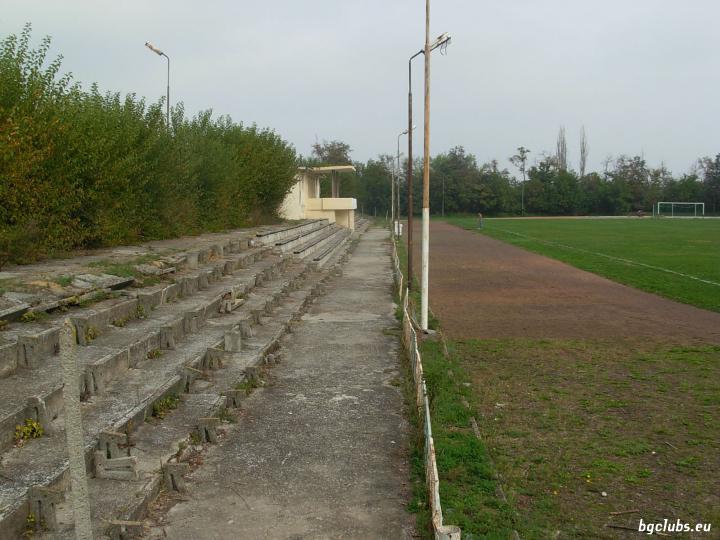 """Стадион """"Градски"""" - в гр. Велики Преслав"""