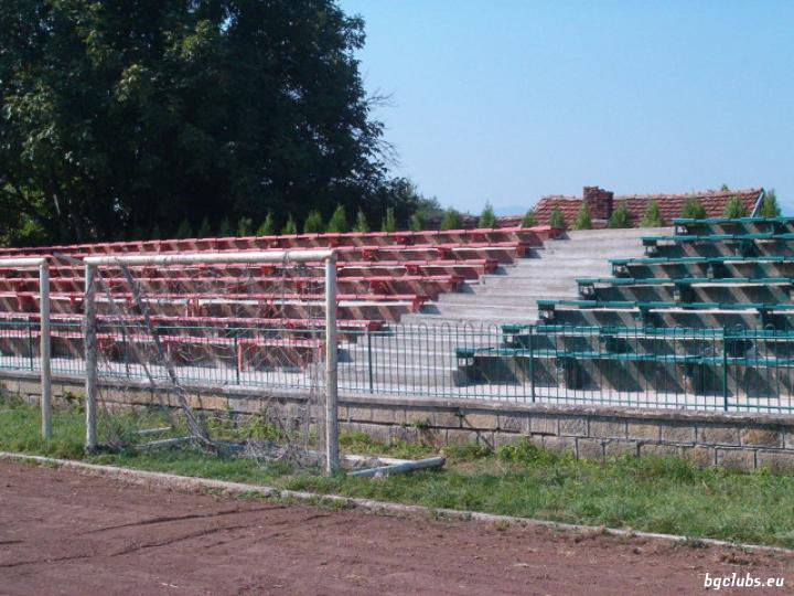 """Стадион """"Христо Ботев"""" - в гр. Криводол"""