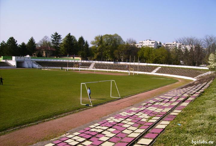 """Стадион """"Ганчо Панов"""" - в гр. Павликени"""