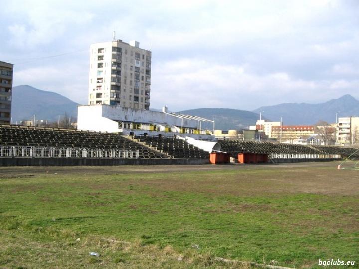 """Стадион """"Армеец"""" - в гр. Сливен"""