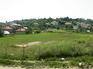 Стадион в с. Долен
