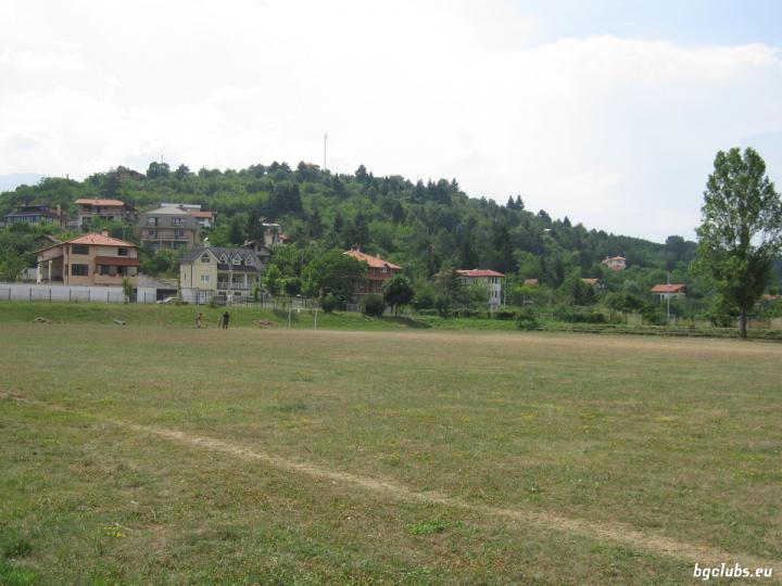 Стадион в с. Кокаляне