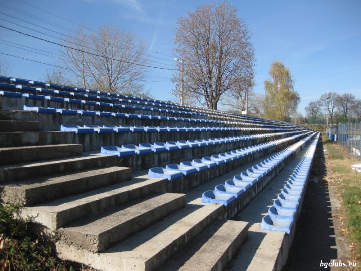 "Стадион ""Сливнишки герой"" - в гр. Сливница"