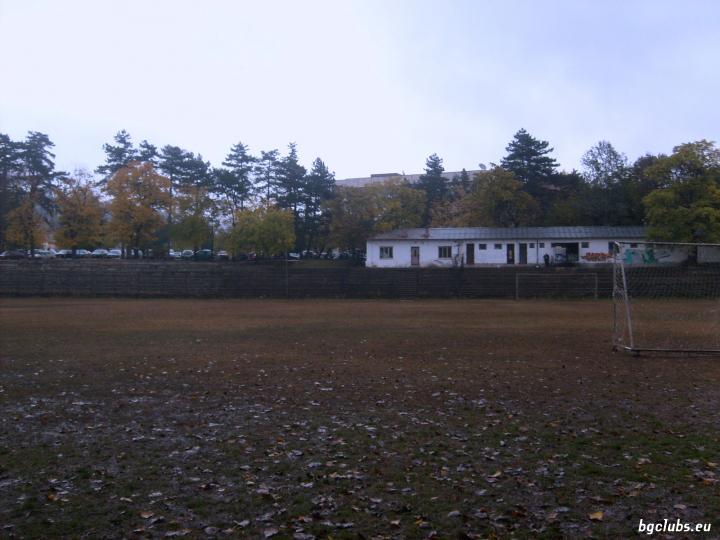 """Стадион """"5-ти корпус"""" - в гр. Велико Търново"""
