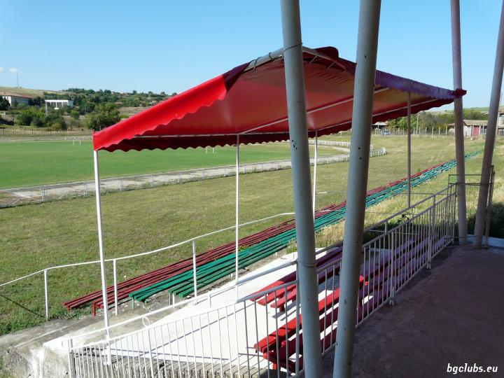 Стадион в с. Белица