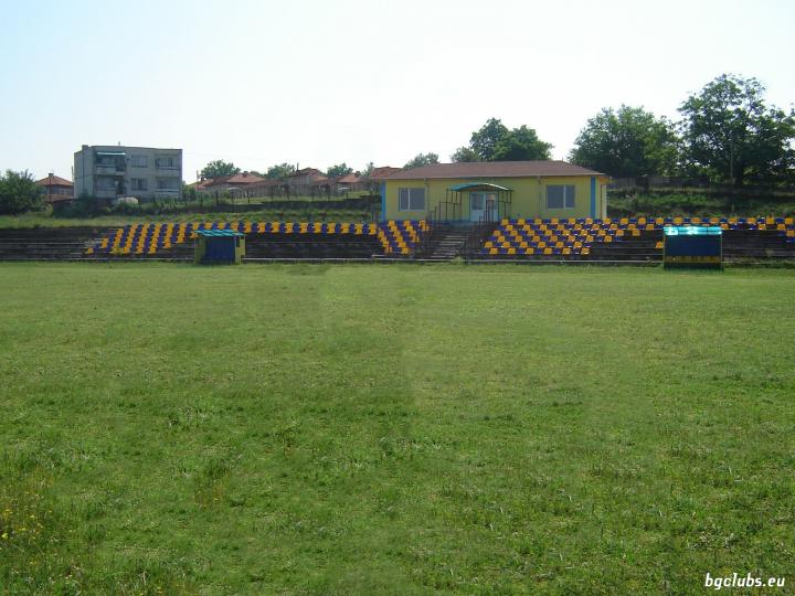 Стадион в с. Стамболово