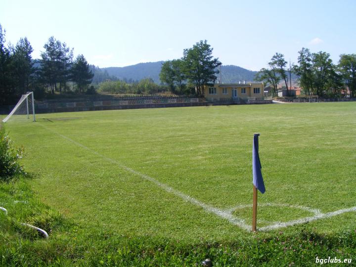 """Стадион """"9-ти септември"""" - в гр. Ракитово"""