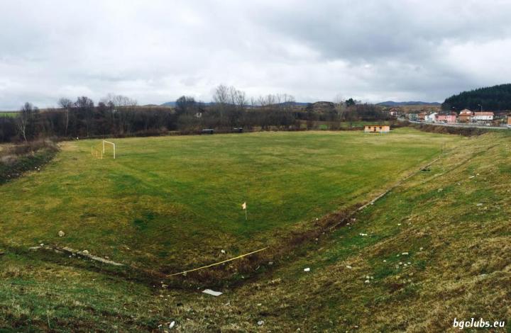 Стадион в с. Садово
