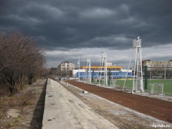 "Стадион ""стар Академик"" - в гр. София"
