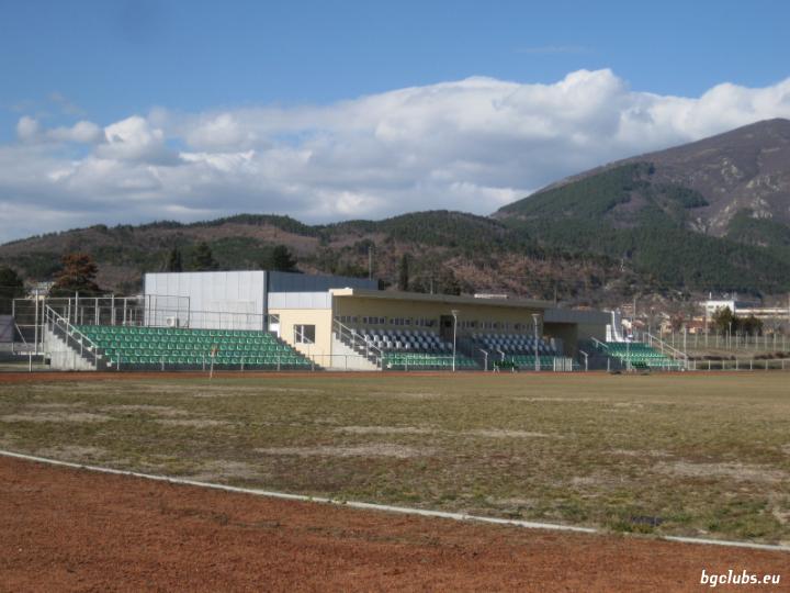 """Стадион """"Градски"""" - в гр. Мъглиж"""