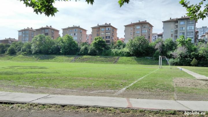 "Стадион ""Младост"" - в гр. Хасково"
